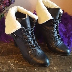 Lace Up Mid Calf Boots / Booties / Size 9